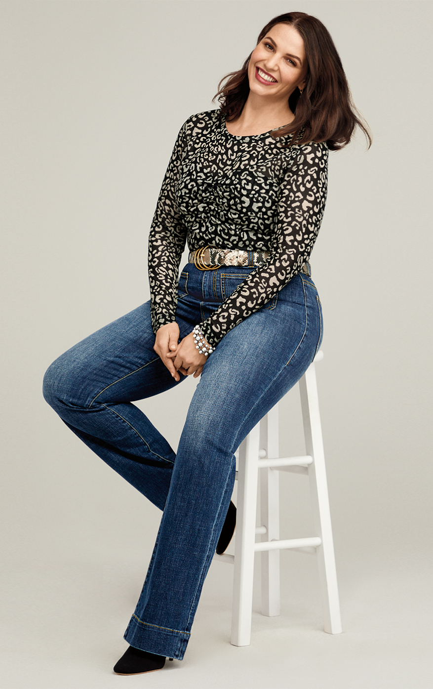 Patch Pocket in Trader Wash, Sweetheart Top in Skin Print