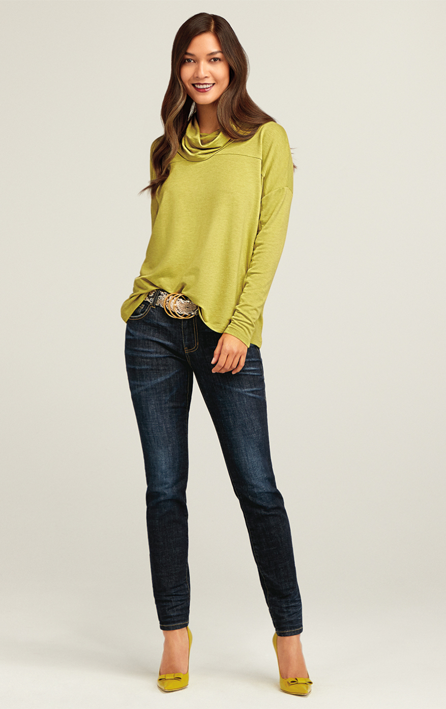The Skinny in Gallery Wash, Ease Turtleneck in Bright Moss