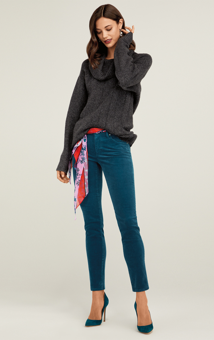 Campfire Pullover in Charcoal, High Skinny in Moroccan Blue