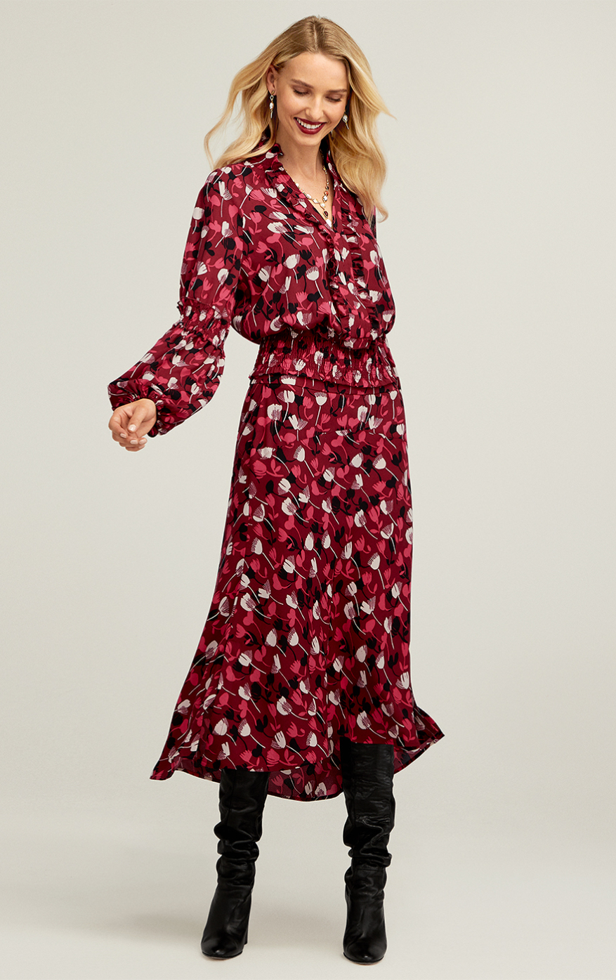 Corsage Blouse in Wine Blossom, Corsage Skirt in Wine Blossom